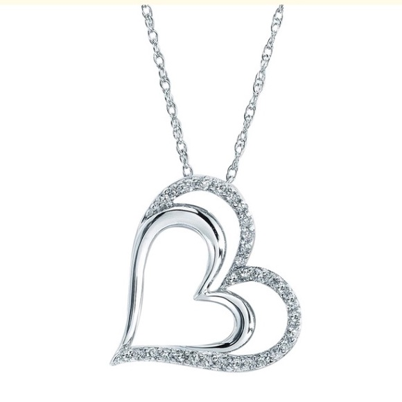 6bc94399184 Jared Jewelry   Diamond Heart Necklace 14 Ct Roundcut   Poshmark